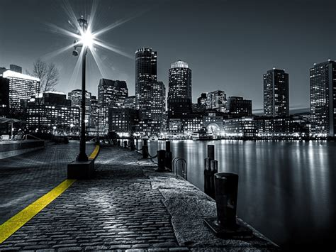 Design House Skyline Yellow Motif Wallpaper Best Wallpaper Photography Black And White Black And