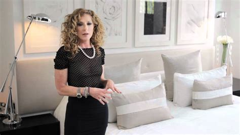kelly hoppen classic summertime bed decoration youtube