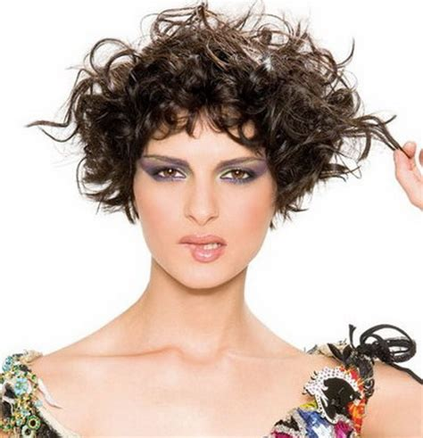 haircuts very curly hair very short hairstyles for curly hair