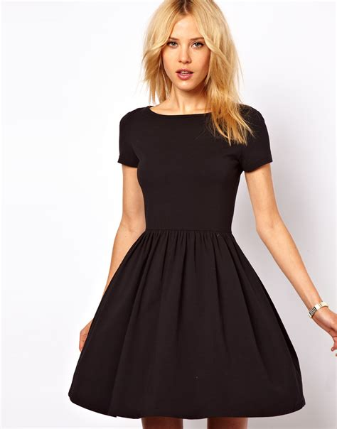 8 Top Dresses For Your by 8 Best Skater Dresses To Show Your Legs