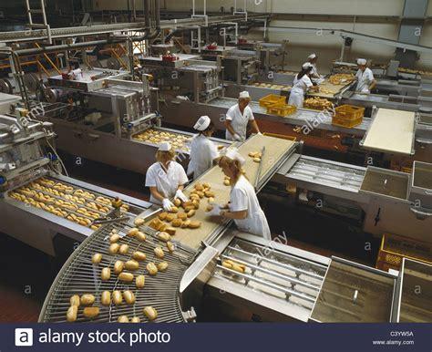 Adult Baker S Shop Baker S Shops Bakery Baking
