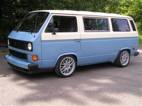 volkswagen vanagon blue beautiful lowered two tone van vw t3 t25 pinterest