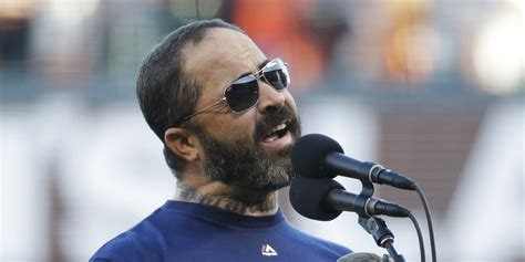 Aaronlewis1 College Essay by Aaron Lewis Screws Up National Anthem At World Series Update Huffpost