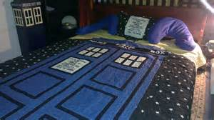 dr who bedroom doctor who bedroom dream house bedding pinterest