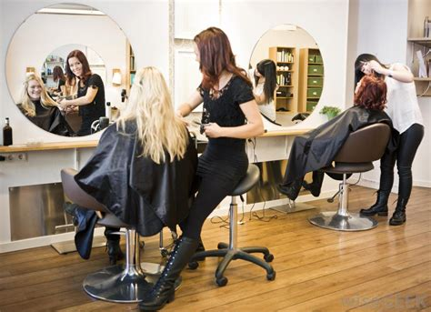 hairdressing salon best hair salons parlours stylists haircuts in kolkata