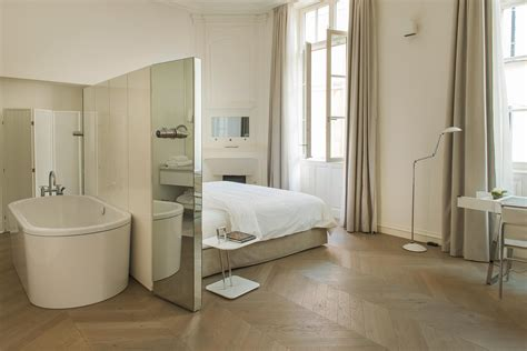 st hotel room 18 hotel de tourrel welcome