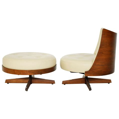 plycraft chair and ottoman plycraft lounge chair with ottoman at 1stdibs