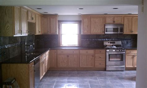 cabinets to go flooring flooring ideas to go with oak cabinets gray laminate
