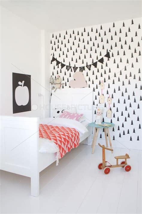 decorar habitacion infantil nordica una delicada habitaci 243 n n 243 rdica para ni 241 os