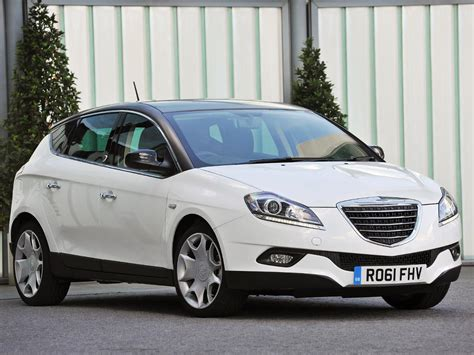 Chrysler Used Cars by Used Chrysler Delta Cars For Sale On Auto Trader Uk