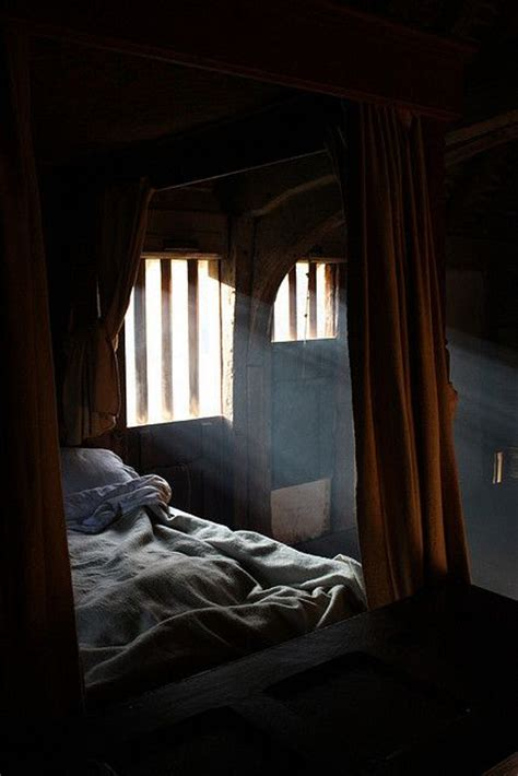 fantasy bedroom 25 best ideas about medieval bedroom on pinterest