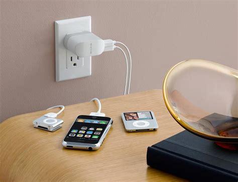 amazoncom belkin dual charger  usb  swivel plug ac charger  ipod belkin electronics
