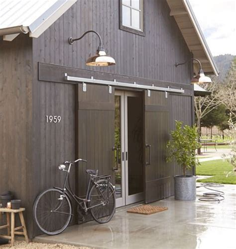 Lighting Barn Doors 25 Best Ideas About Exterior Barn Doors On Barns Barn And Sliding Door Company