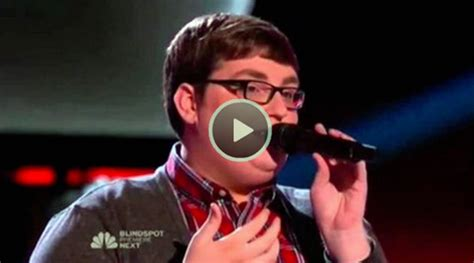 the voice chandelier the voice 2015 blind smith chandelier quot 1000 ideas