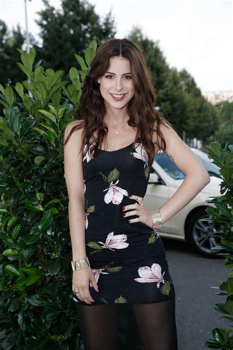 celebrity fashion advice lena meyer landrut hairstyle celebrity style and