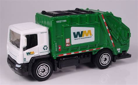 Wheels Recycling Truck 14 Garbage Truck