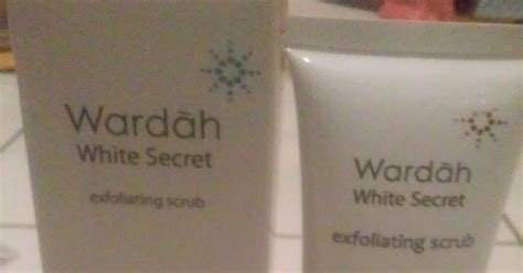 review wardah white secret exfoliating scrub la