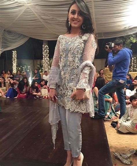 Dress Cigarete New Virzha Y6bo 50 best images about mina hassan on dubai and pakistan wedding