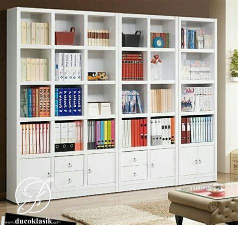 Rak Buku Untuk Perpustakaan jual rak buku perpustakaan kayu minimalis modern