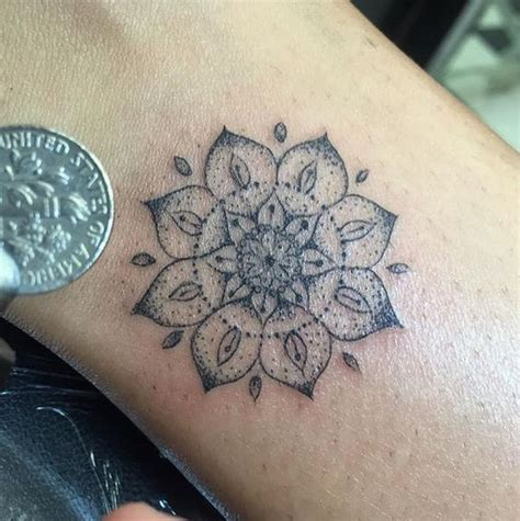Tattoo Mandala Mini | minis mandala tattoo and mandalas on pinterest