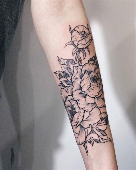 arm tattoo ideas tumblr tatouage rose femme symboliques styles et tendances
