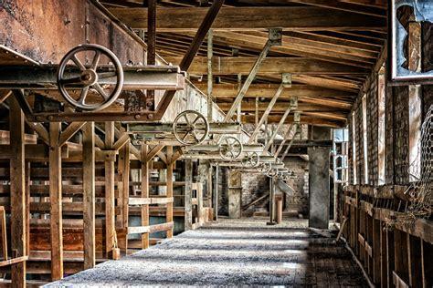 capannoni abbandonati capannoni abbandonati in veneto riutilizzati o demoliti