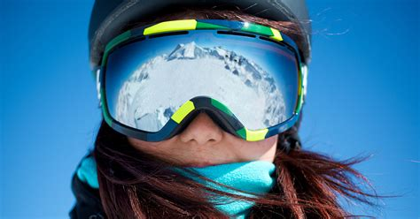 blue light cancelling glasses ski goggles buyer s guide for skiers and snowboarders