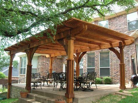 pergolati per giardino costruire un pergolato pergole tettoie giardino