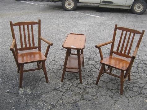 Bay City Furniture by 2 Handmade Chairs And Side Table Habitant Bay City Michigan For Sale Furniture Auto Tools