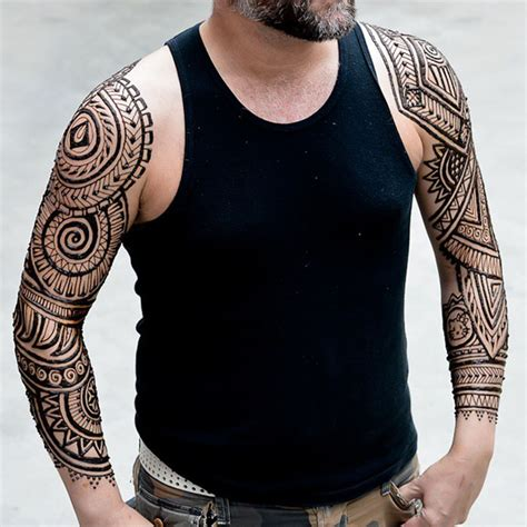 henna tattoo for man menna trend sees wearing intricate henna tattoos