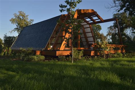 the soleta zeroenergy one small house bliss gallery the soleta zeroenergy one small house bliss
