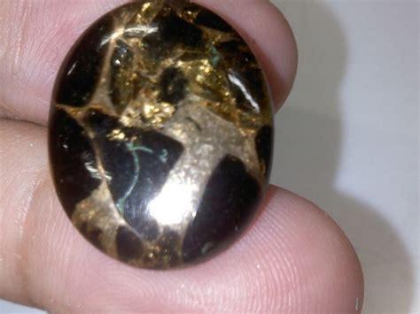 Pirus Putih batu pirus urat emas jual batu permata pirus hitam