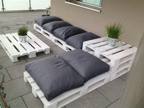 divanetti fai da te divano con i pallet costruire un divano con i bancali