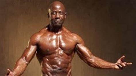 womane bode vegeni 80 year old bodybuilder hot girls wallpaper