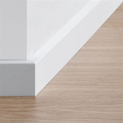 quick step paintable skirting board  stop flooring