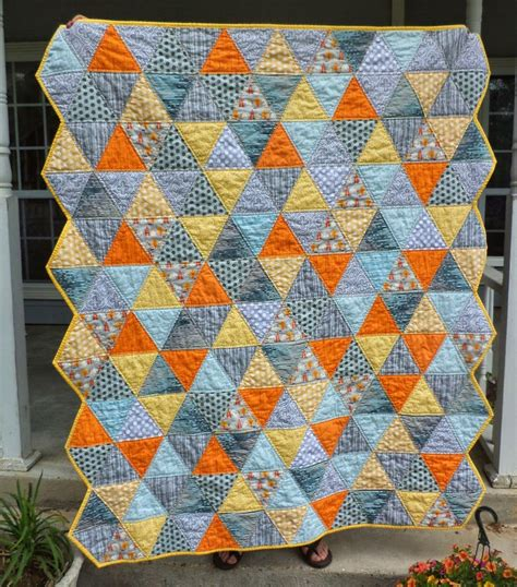 cat quilts squirrely triangles triangle quilt along