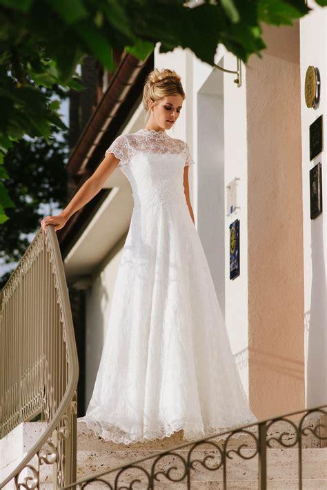 hochzeitskleid corsage hochzeitskleid tr 228 gerlos mit weitem rock spitze und corsage