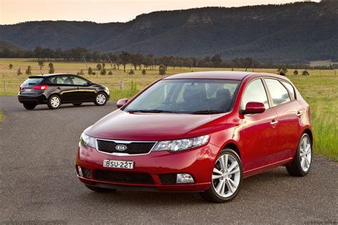 Kia Cerato Hatch Back Kia Cerato Hatch Review Photos Caradvice