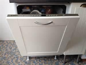 delightful Porte Pour Lave Vaisselle Encastrable #1: installation-dun-lave-vaisselle-encastrable_1.jpg