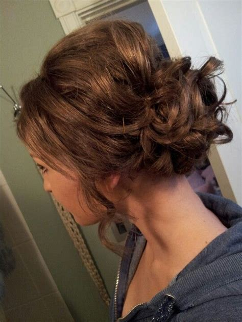 Pin Up Hairstyles For Prom by Curly Brown Hair Pinned Up And Teased Studniowka