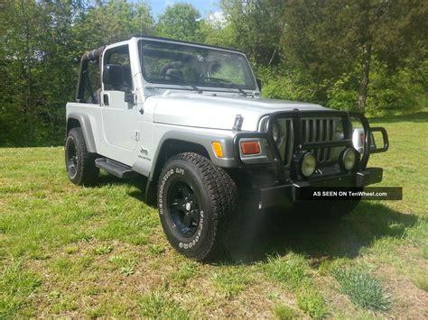 2005 Jeep Wrangler 2 Door 2005 Jeep Wrangler Unlimited Sport Utility 2 Door 4 0l 4wd