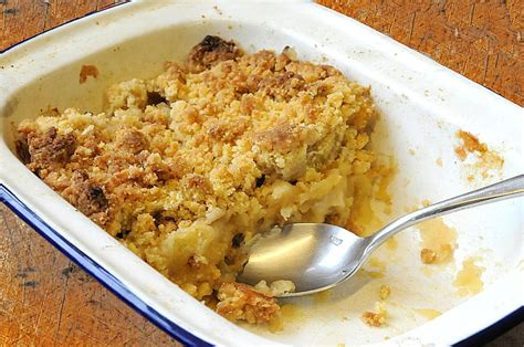 Crisp Feminine Top 2 by Oaty Apple Crumble Recipe