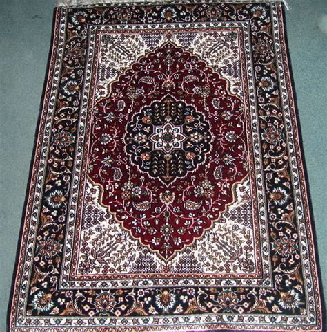 where to sell rugs 100 sell rugs rugs 144 nain rugs this tradit 28 carpets