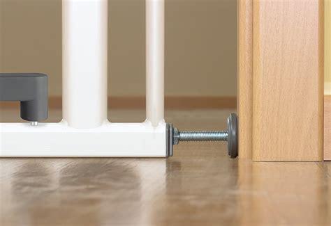 Kindersicherung Fenster Ohne Bohren by Kindersicherung Treppenschutzgitter Und T 252 Rschutzgitter