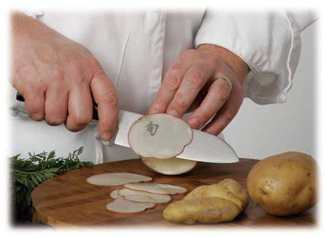 Sharpest Kitchen Knives In The World thin potatoes