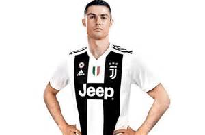 ronaldo juventus sleeve shirt juventus shop crashes cristiano ronaldo jerseys sports