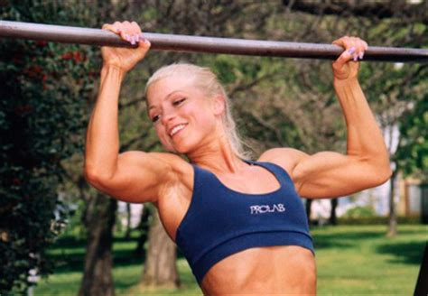 bench press and pull ups the 4 best bench press assistance exercises for intermediates