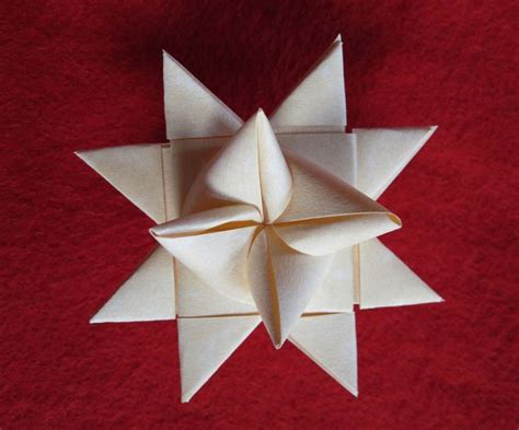 How To Make Paper Moravian - how to make a moravian ornament she s a crafty one