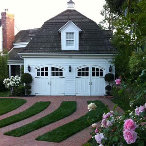 Garage Landscaping Ideas by Garage Door Landscaping Ideas Hgtv