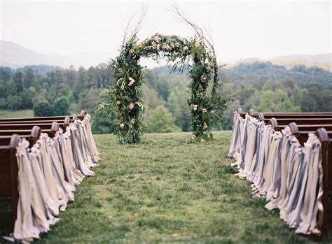 affordable simple smoky mountain wedding ceremony country wedding in the smoky mountains bride link